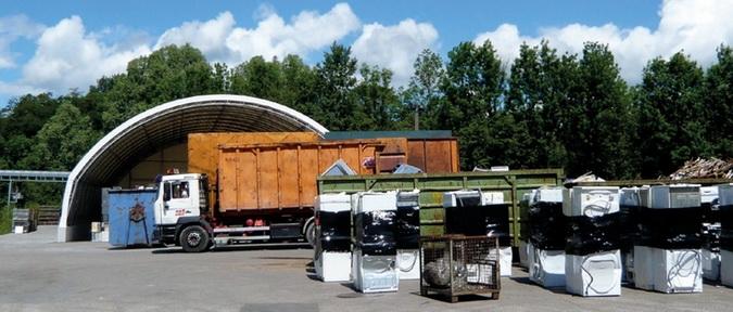 Пример работы завода по утилизации бытовых холодильников и морозильников